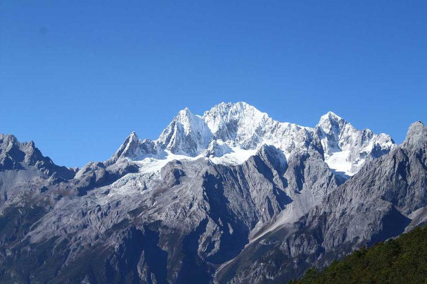 Jade Dragon Snow Mountain (Mount Yulong) bei Lijiang
