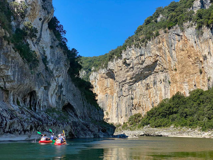 Ardèche Schlucht Kanu Paddeln