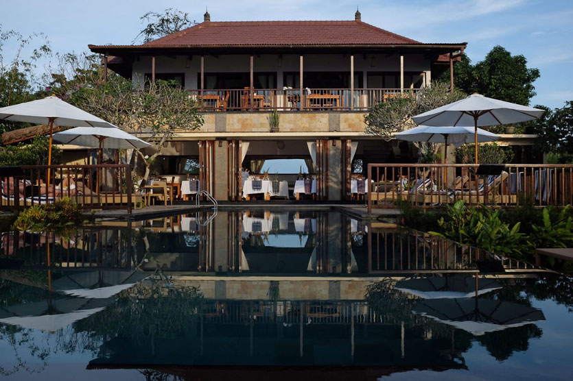 Infinity Pool best hotel in Bali Nord Munduk Moding Plantation