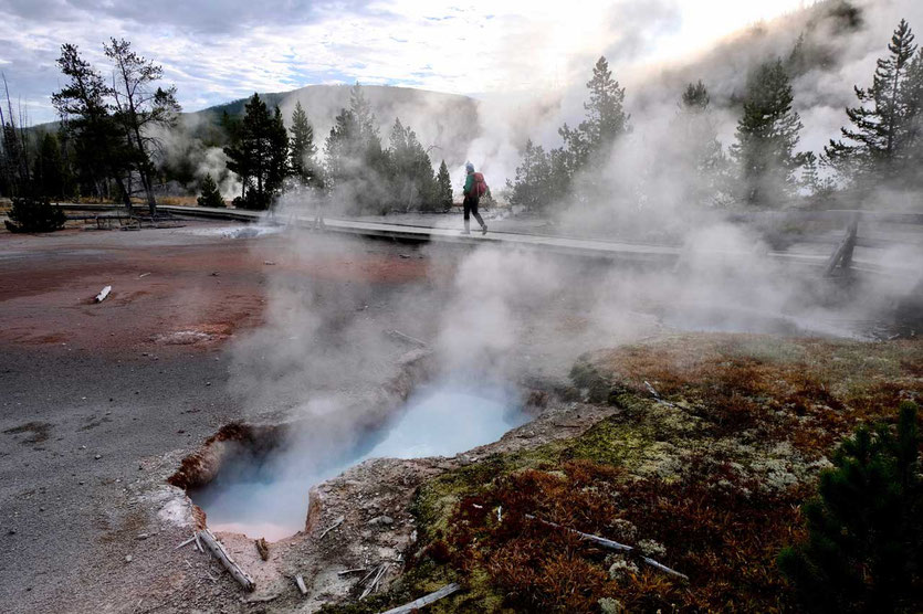 Yellowstone Artist Paintpots