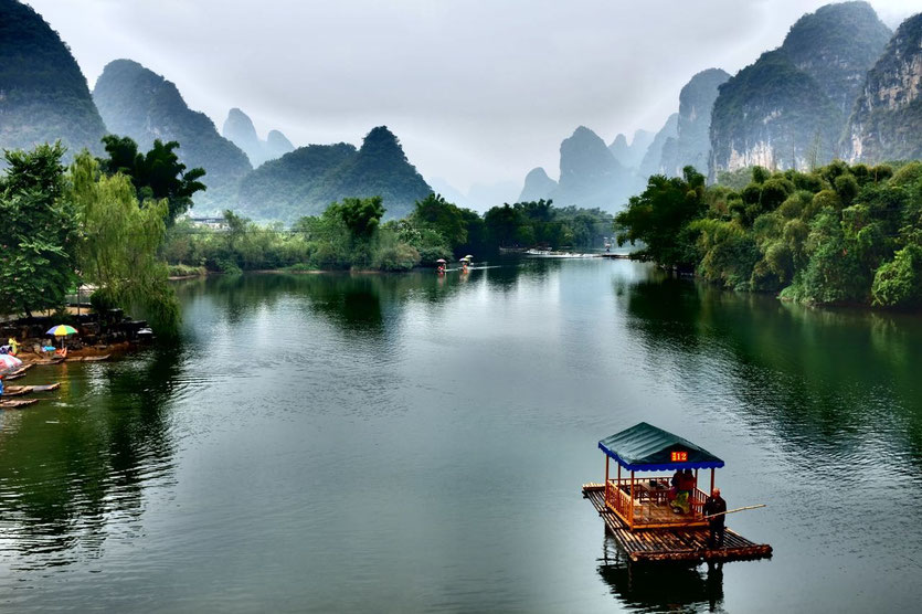 Yulong River boats Yangshuo Guilin