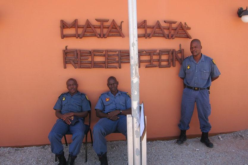 Mata Mata Park Gate, KTP  Kalahari park