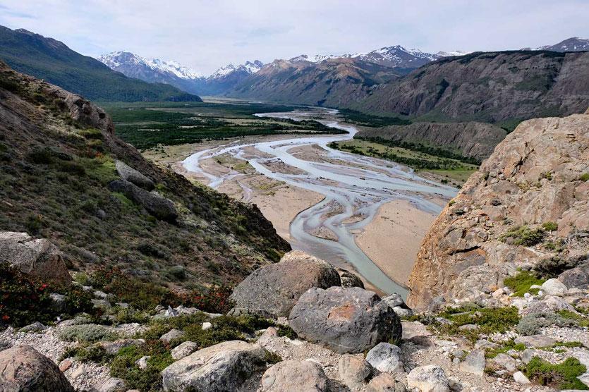 Flusslandschaft des Rio de las Vueltas El Chalten