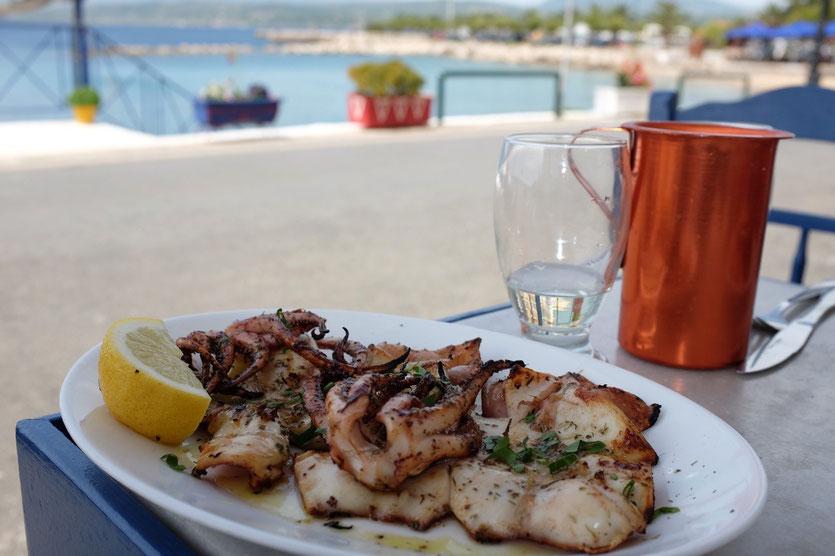 Ouzeria-Taverna En Plo, Restaurant Pylos Peloponnes