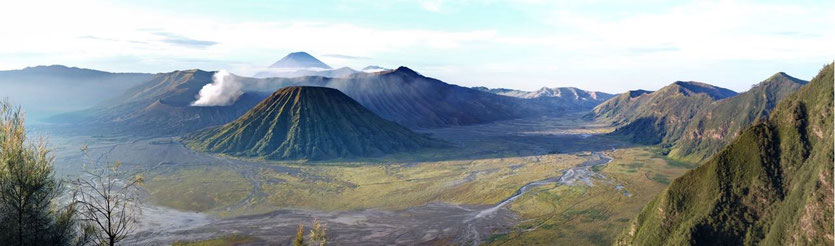 organize trip Mount Bromo Vulkan Java day tour