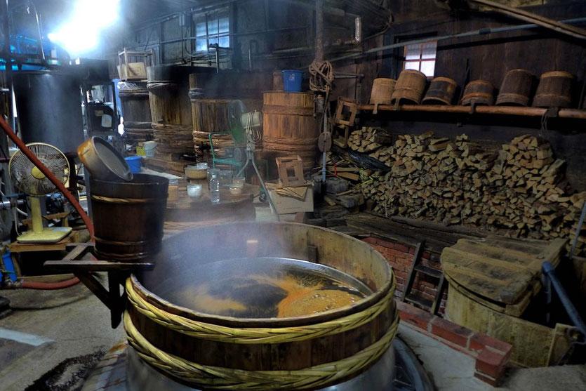 Sojasauce Herstellung Soya Brewery in Yuasa