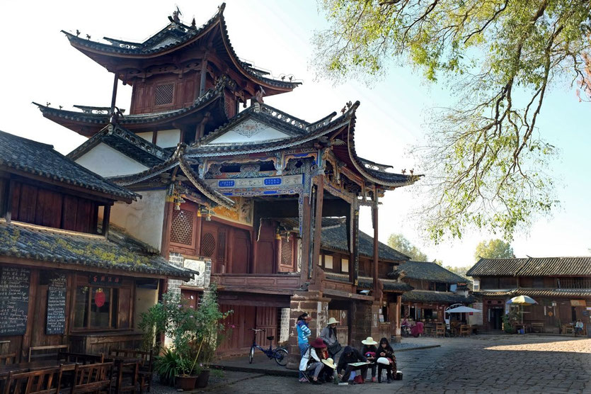 Shaxi market square and old theater