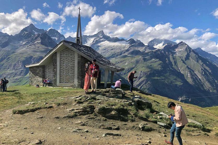 Chinesen lieben Zermatt. Eine Partnerstadt Zermatts ist die UNESCO Stadt Lijiang in China