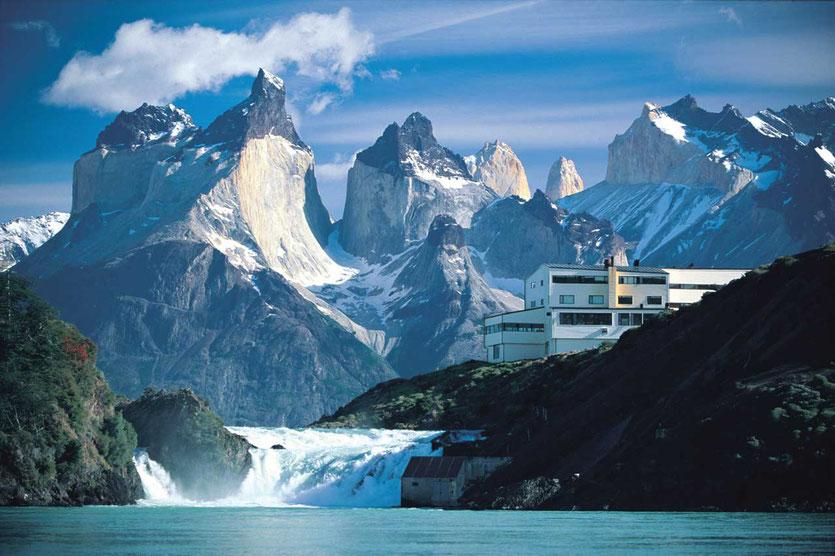 Salto Chico Falls explora Hotel Torres del Paine