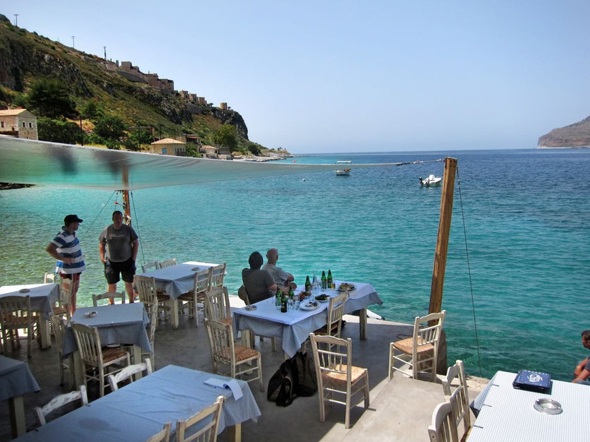 Peloponnese – best fish restaurant Limeni