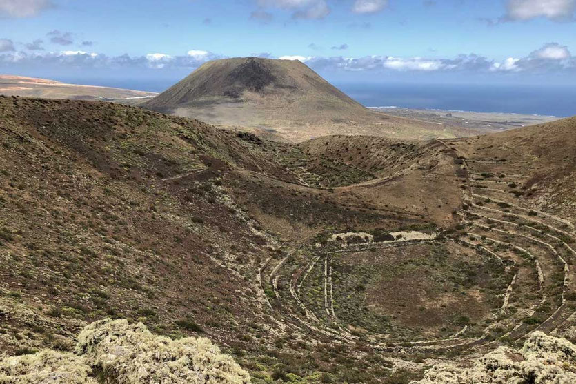 Monte Corona Los Helechos Vulkankrater Wanderung bei Haria Lanzarote Norden