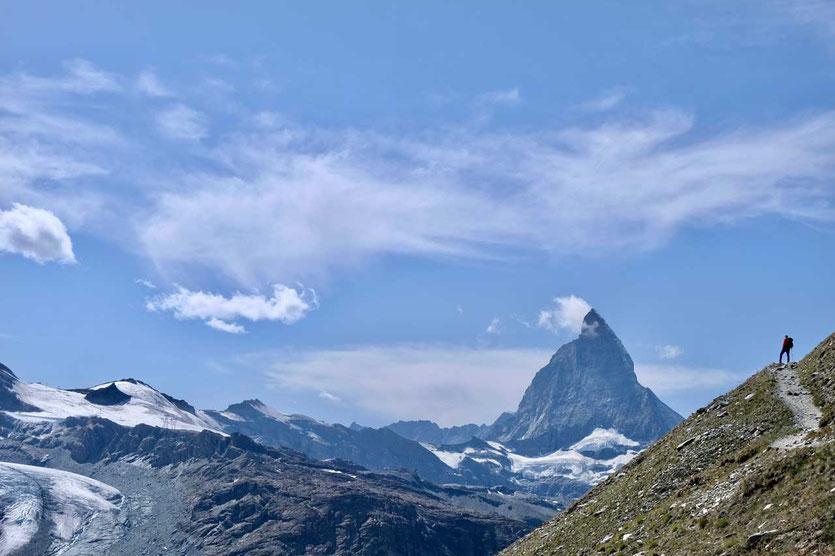 Wanderung über dem Gornergletscher mit Matterhornblick