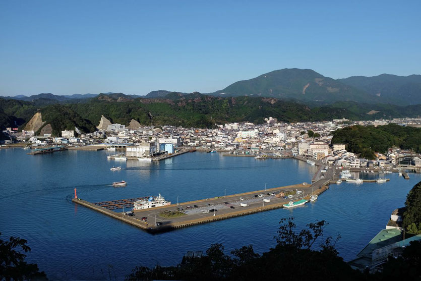 Japan Thunfischhafen Nachi-Katsuura Onsen Hotels am Meer Wakayama Reisebericht Blog