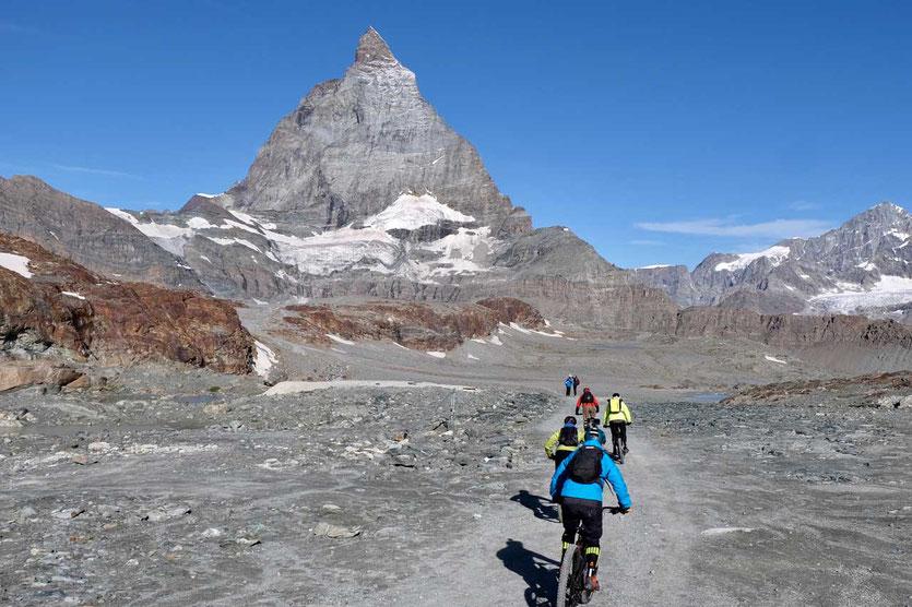Biker-Abfahrt von der Bergstation Trockenen Steg in Zermatt