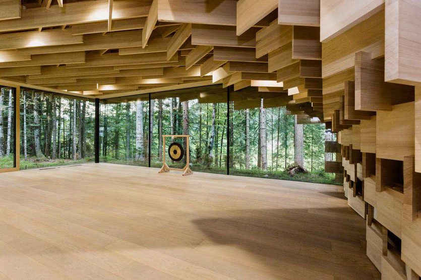 Das Kranzbach Hotel Meditation House Meditationshaus von japanischen Architekt Kengo Kuma