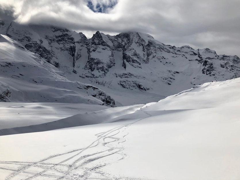 Bergpanorama Diavolezza Gletscherabfahrt, Schweiz Oberengadin