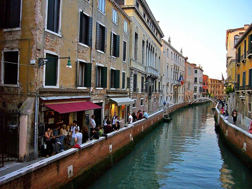 Venedig Bars Aperitif Kanal Fondamenta Nani in Dorsoduro