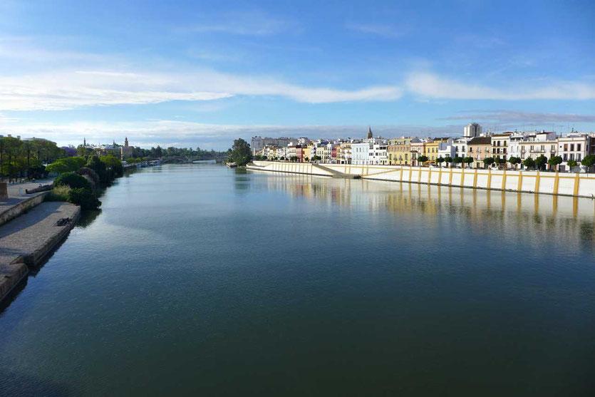 Triana Viertel Sevillas Stadtfluss Guadalquivir