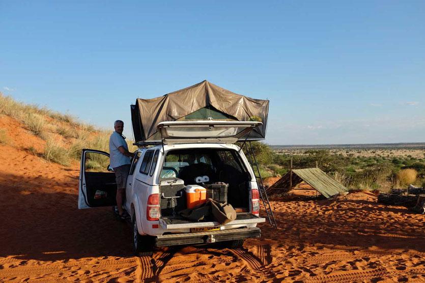 Namibia Campingplatz Toyota mit Dachzelt