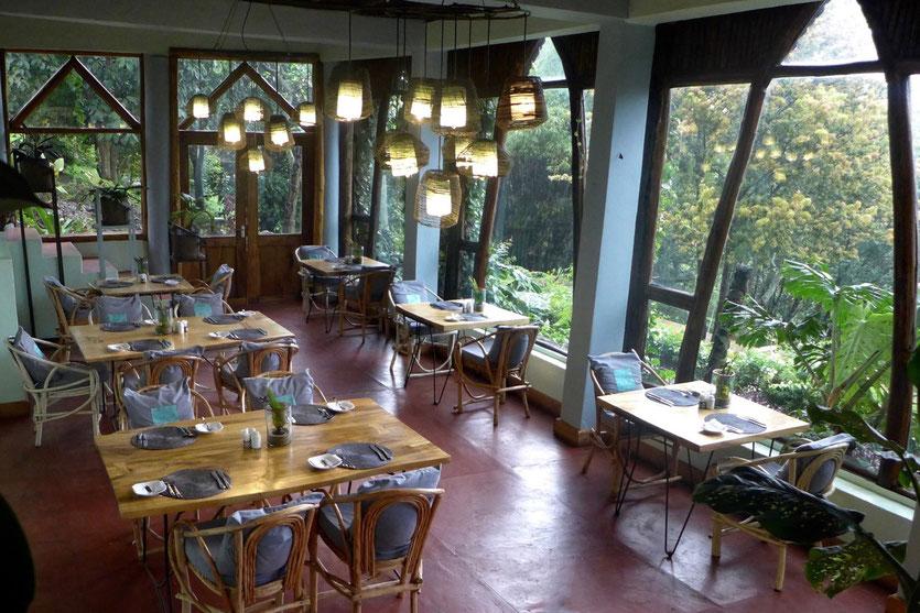 Restaurant tip arusha  Karama Lodge