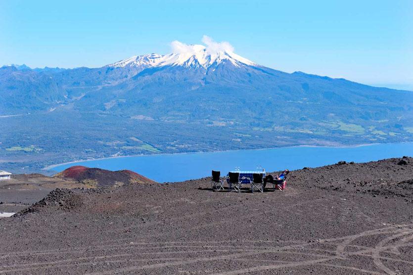 Ruhe am Calbuco. Der Fahrservice auf dem Osorno wartet auf Kundschaft
