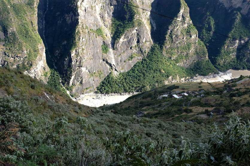Tigersprungschlucht, Tiger Leaping Gorge, trail trekking