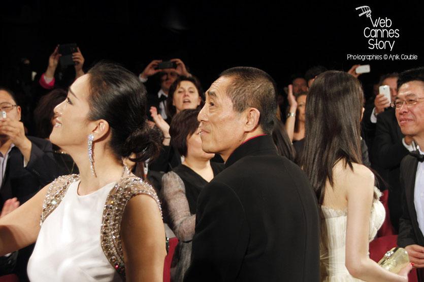 Gong Li, Zhang Yimou et Zhang Huiwen, lors de la présentation du film «Coming Home» de Zhang Yimou - Festival de Cannes 2014 - Photo © Anik COUBLE