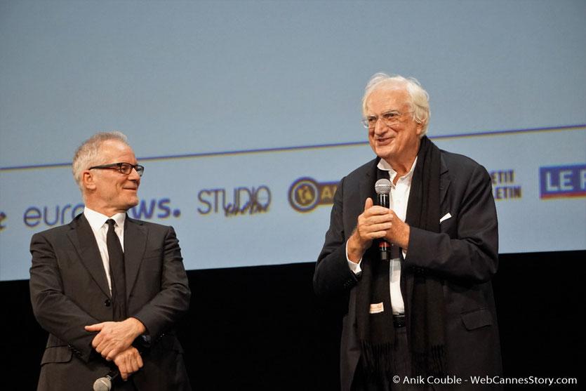 Thierry Fremaux et  Bertrand Tavernier, sur scène, lors  de la cérémonie d'ouverture  du Festival Lumière 2017 - Lyon - Photo © Anik Couble