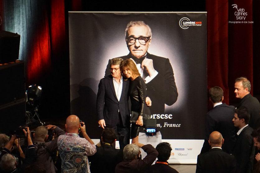Martin Scorsese entouré de sa femme Hélène et de sa petite fille - Remise du Prix Lumière à Martin Scorsese - Festival Lumière - Lyon - Oct 2015 - Photo © Anik COUBLE