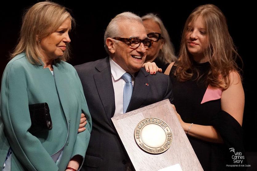Martin Scorsese, entouré de sa femme Helen Morris et de sa fille Francesca- Remise du Prix Lumière - Festival Lumière - Lyon - Oct 2015 - Photo © Anik COUBLE