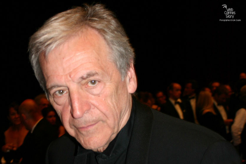 "Costa Gavras, dans le public,  lors de la projection du film "" La Princesse de Montpensier ""  de Bertrand Tavernier - Festival de Cannes 2010 - Photo © Anik Couble"
