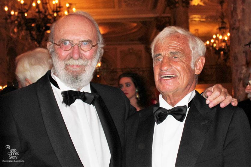 Jean-Paul Belmondo, en compagnie de Jean-Pierre Marielle, lors du dîner donné en son honneur, au Carlton - Festival de Cannes 2011 - Photo © Anik Couble