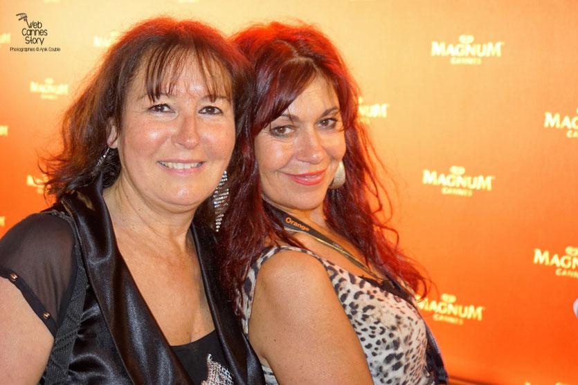 Anik  Couble,  en compagnie de son amie Esmeralda Petit Benito, célèbre femme panthère - Plage Magnum - Festival de Cannes 2016 - Photo © Anik Couble