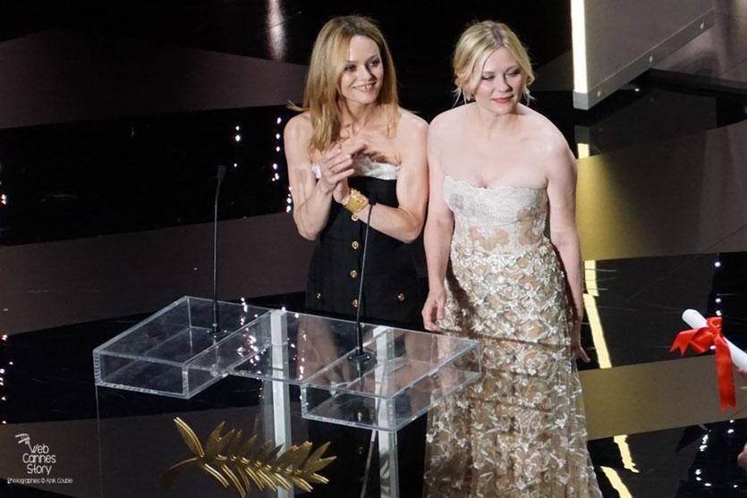 Vanessa Paradis et Kirsten Dunst, membres du Jury - Festival de Cannes 2016 - Photo © Anik Couble