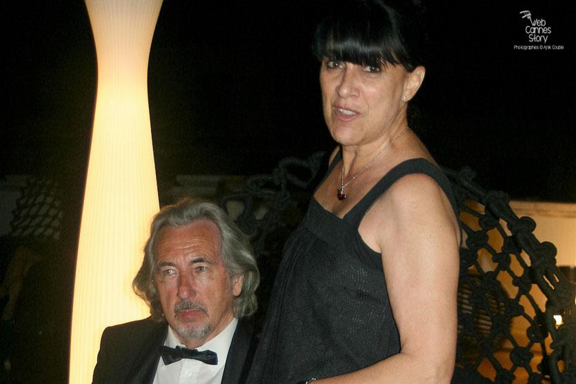 """Robert Barnoin et son épouse Monique Serrano-Barnoin, lors de la soirée du film """"Hors la loi"""" de Rachid Bouchareb - Festival de Cannes 2010 - Photo © Anik Couble"""