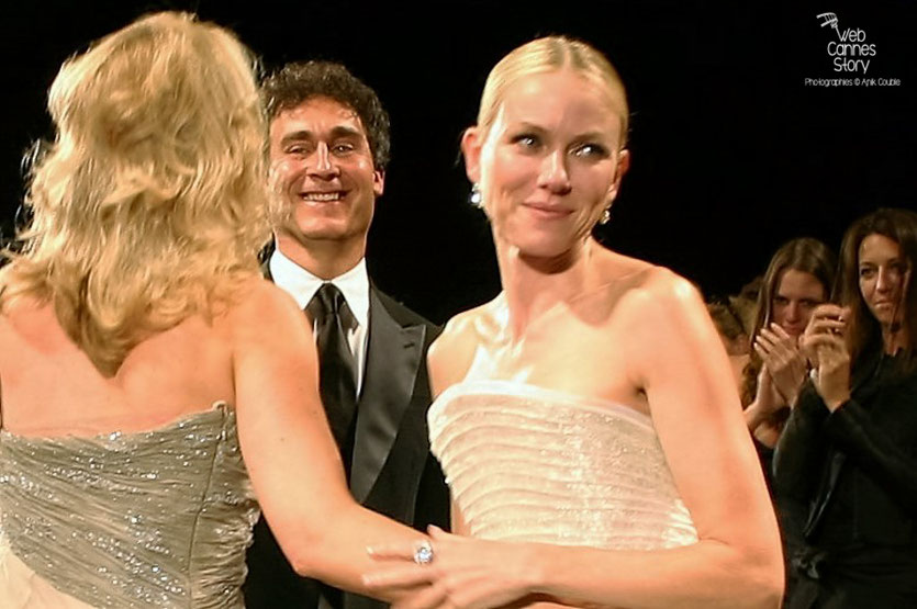 "Valérie Plame, Doug Liman et Naomi Watts, lors de la projection de "" Fair Game "" de Doug Liman - Festival de Cannes 2010 - Photo © Anik Couble"