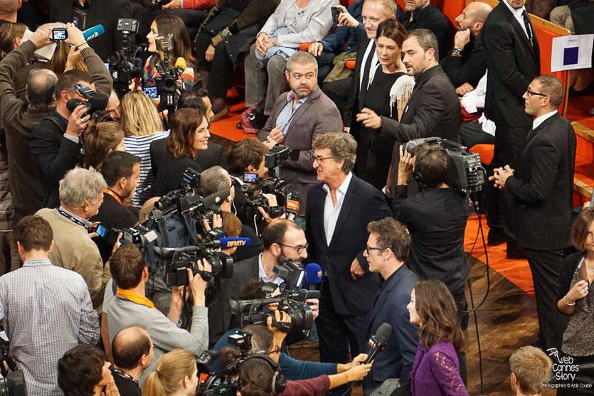 Bérénice Bejo, Michel Hazanavicius, François Cluzet et Salma Hayek - Remise du Prix Lumière à Martin Scorsese - Festival Lumière - Lyon - Oct 2015 - Photo © Anik COUBLE