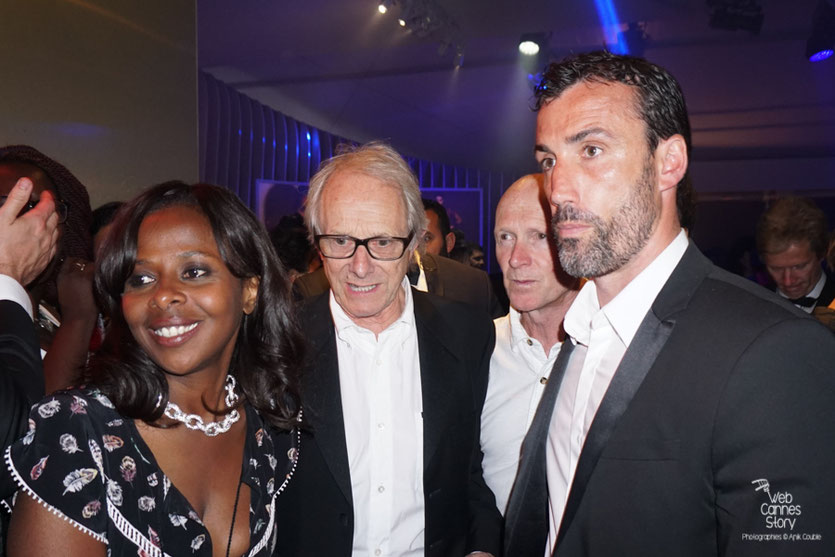 Ken Loach, Palme d'or, en compagnie de Paul Laverty, son scénariste - Plage Magnum - Festival de Cannes 2016 - Photo © Anik Couble