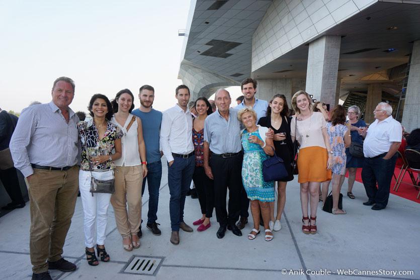 Max Lefrancq-Lumière, petit-fils de Louis Lumière, entouré de sa famille, lors du vernissage de  l'exposition, Lumière ! Le cinéma inventé - Musée des  Confluences - Lyon - juin 2017 - Photo © Anik Couble