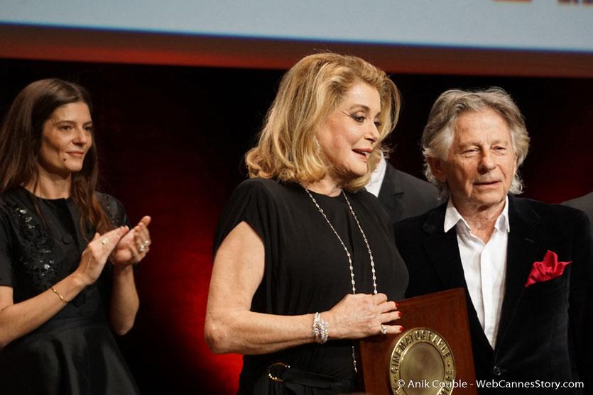 Chiara Mastroïanni, Catherine Deneuve et Roman Polanski - Cérémonie de remise du Prix Lumière - Amphitheâtre 3000 - Lyon - Oct 2016  - Photo © Anik Couble