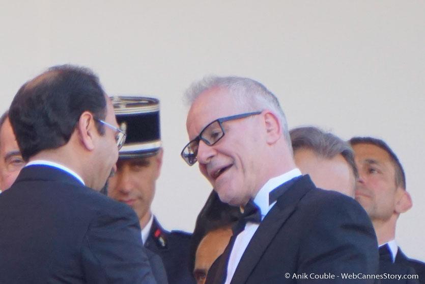 Thierry Fremaux, accueillant Asghar Farhadi,  pour assister à la cérémonie d'ouverture du 70e Festival de Cannes - Festival de Cannes 2017 - Photo © Anik Couble