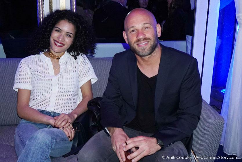 """Sabrina Ouazani et Franck Gastambide, dans le salon """"Madame Monsieur"""" de L'Hôtel Carlton - Festival de Cannes 2016 - Photo © Anik Couble"""
