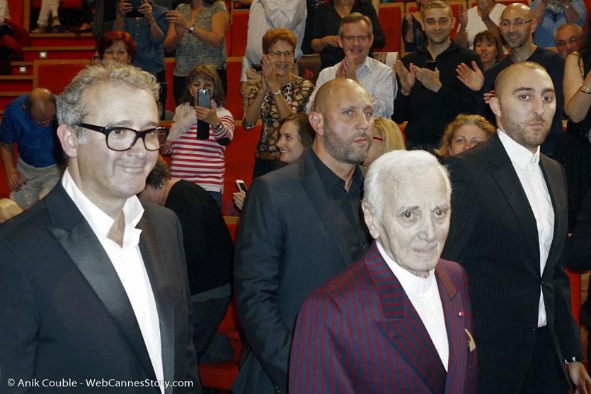 Arrivée de Charles Aznavour, à la cérémonie de remise du Prix Lumière à Wong Kar-wai - Festival Lumière 2017 - Lyon  - Photo © Anik Couble