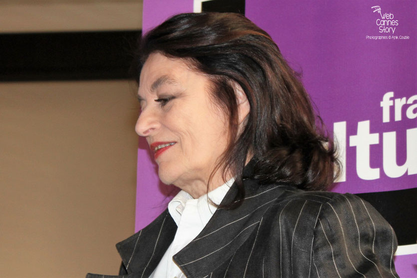 Anouk Aimé, lors de la remise des Prix France Culture Cinéma à Alexandre Astruc et Céline Sciamma - Festival de Cannes 2011 - Photo © Anik Couble