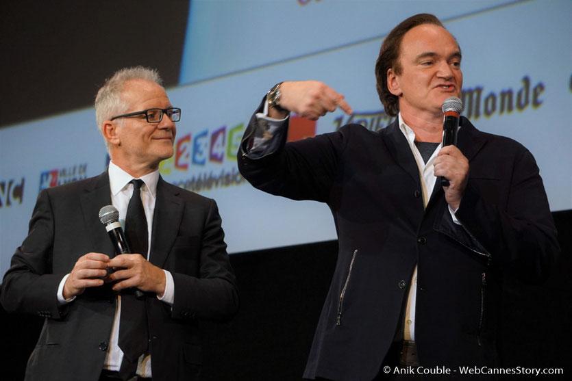 Quentin Tarantino et Thierry Fremaux,  sur la scène de la Halle Tony Garnier - Cérémonie d'ouverture - Festival Lumière 2016 - Lyon - Photo © Anik Couble