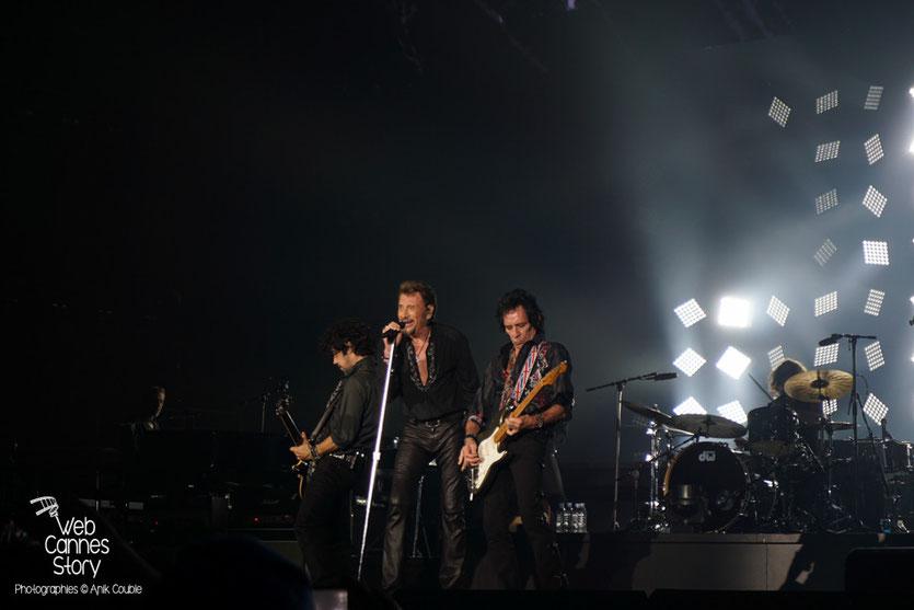 Johnny Hallyday et Robin Lemesurier - Rester Vivant Tour - Halle Tony Garnier - Lyon - 7 et 10 novembre 2015 - Photo © Anik Couble