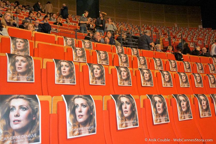 L'Amphithéâtre 3000, à l'effigie de Catherine Deneuve, pour la cérémonie de remise du Prix Lumière - Festival Lumière - Lyon - Oct 2016 - Photo © Anik Couble