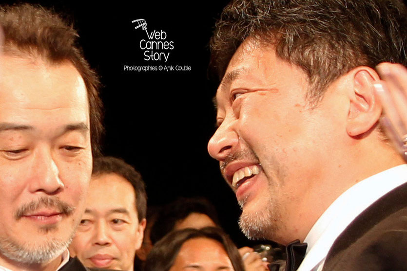 """Lily Franky et Kore-Eda Hirokazu, réalisateur du film japonais """"Tel père, tel fils"""" - Festival de Cannes 2013 - Photo © Anik COUBLE"""