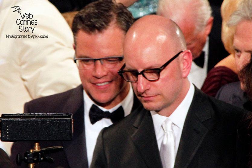 Matt Damon et Steven Soderbergh, réalisateur du film «Ma vie avec Liberace» - Festival de Cannes 2013 - Photo © Anik COUBLE