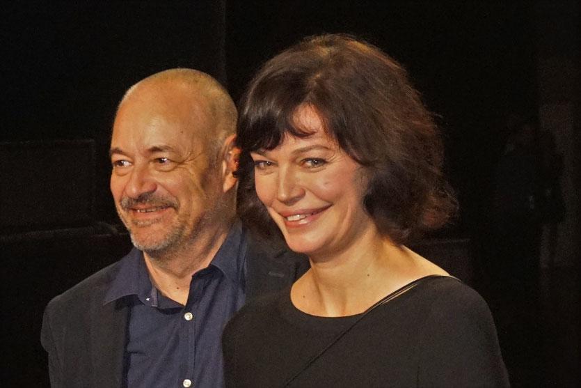 Jean-Pierre Jeunet et Marianne Denicourt,  sur le tapis rouge, lors de la cérémonie d'ouverture du Festival Lumière 2018 - Lyon - Photo © Anik Couble